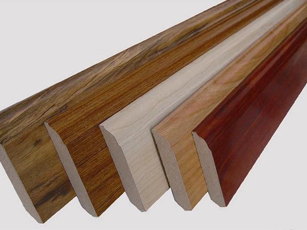 Len sàn gỗ